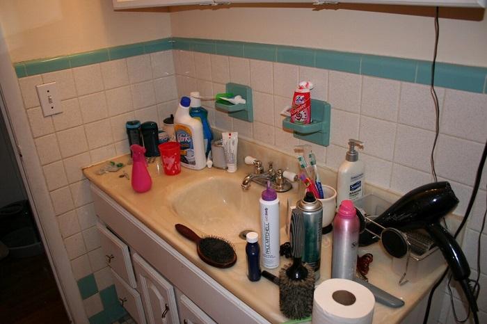 бардак в ванной комнате говорит о низкой самооценке. / Фото: Rekvartira.ru
