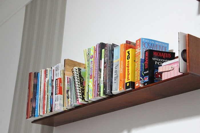 Книги, которые вам не понравились, лучше отдать друзьям или отнести в библиотеку. / Фото: Stylepark.com