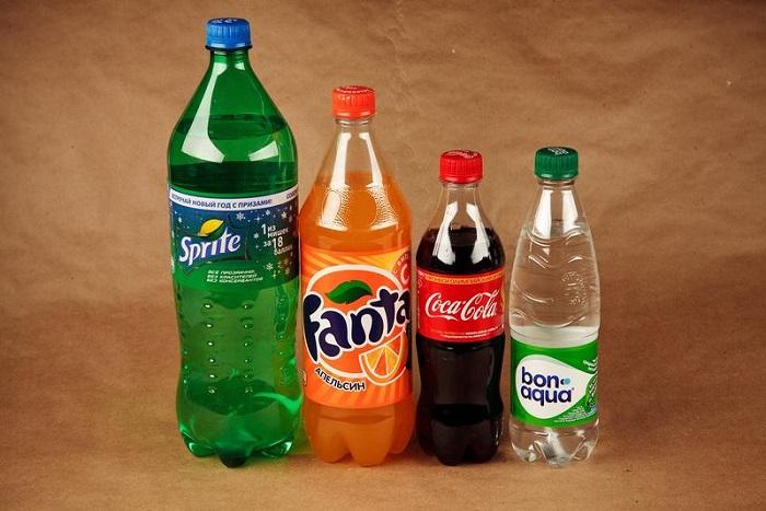 В газированных напитках много сахара. / Фото: Vsedavlenie.ru