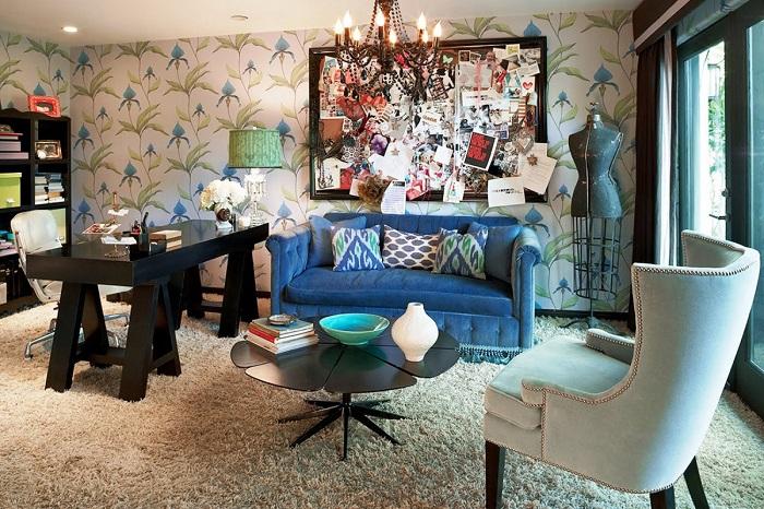 Соединять кардинально разные элементы в интерьере нужно с осторожностью. / Фото: ars-palazzo.ru
