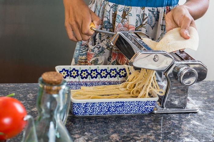 Лапшерезка создана для фанатов итальянской кухни. / Фото: posudaok.ru