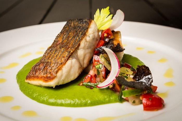 Заказывать рыбу в ресторане в понедельник - плохая идея. / Фото: cafedea.ru