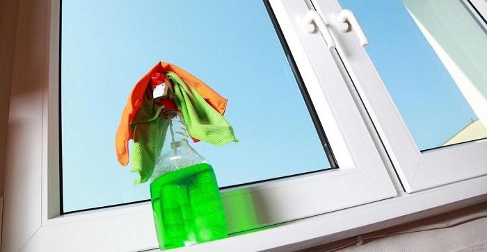Раз в году можно мыть окна с наружной стороны. / Фото: cleantime.by