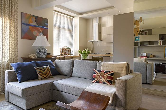 Такие диваны смотрятся уместно лишь в углу. / Фото: comfortoria.ru
