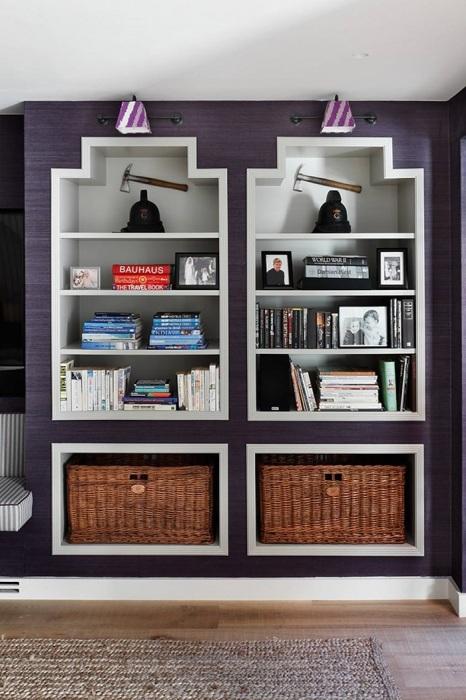 Перед началом ремонта нужно продумать, где вы будете хранить вещи. / Фото: condecdn.net