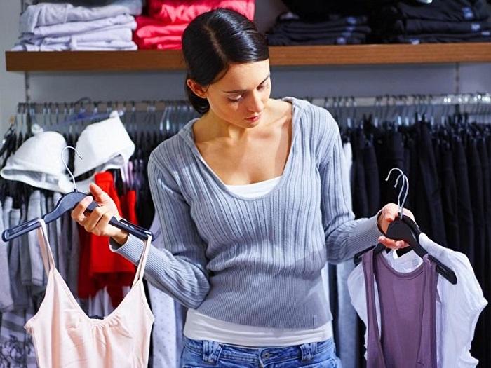 Новая блуза должна заменить в вашем гардеробе старую. / Фото: depaviljoen.com