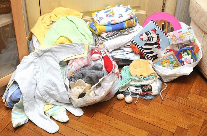 У всех родителей есть гора ненужных детских вещей. / Фото: darudar.org
