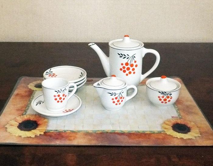 Игрушечный кофейный сервиз для детей. / Фото: pinterest.com