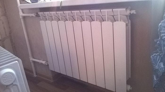 Пространство с радиатором должно быть свободно. / Фото: domodedovo-city.ru