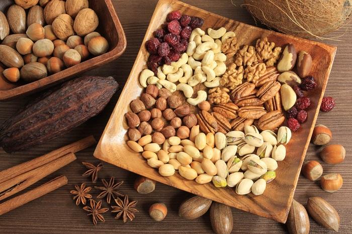 Орехи высококалорийные, поэтому их нужно есть с осторожностью. / Фото: gercules.fit