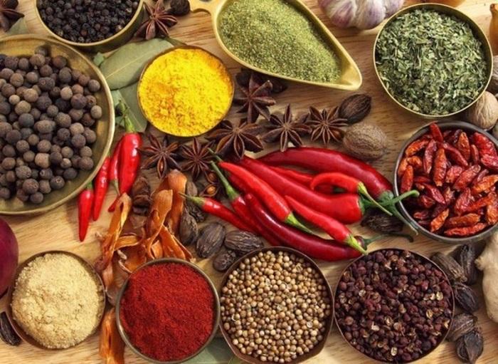 Специи усиливают вкусовые качества блюд. / Фото: germania.one