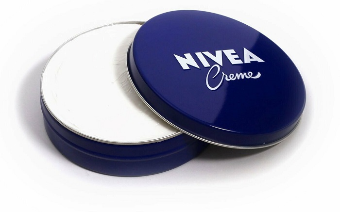 Крем от Nivea является универсальным. / Фото: global-vitamins.ru