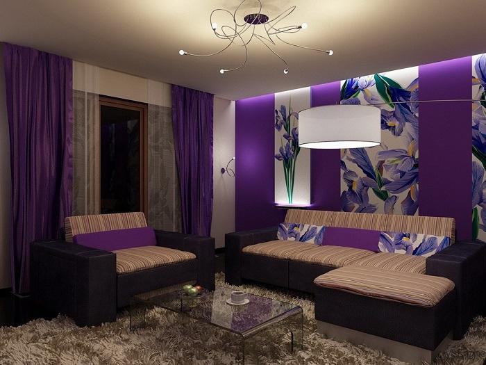 Гостиная в хрущевке в фиолетовом цвете. / Фото: ivd.ru