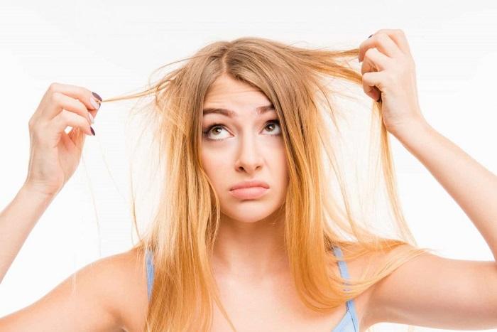 Волосы теряют блеск. / Фото: guidelineshealth.com