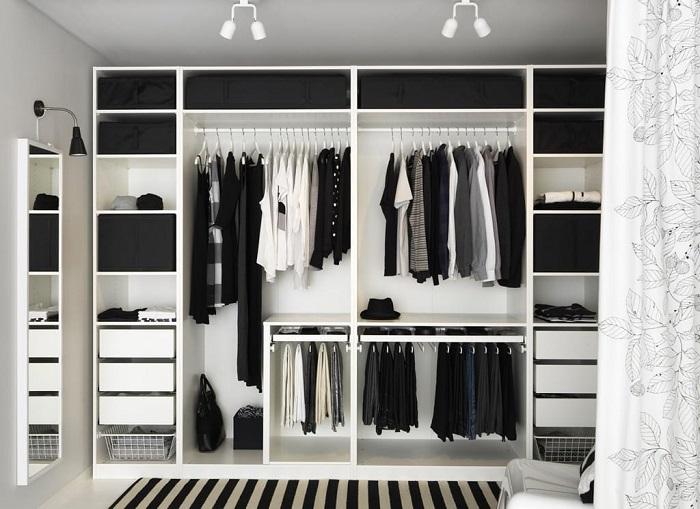 Черные и белые вещи создают гармоничный образ, но его нужно разбавлять яркими аксессуарами. / Фото: inspire2u.ru
