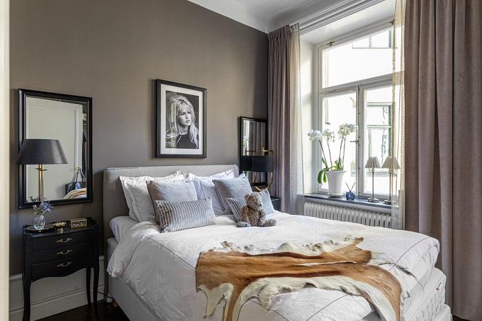 Шторы в тон стен визуально увеличивают комнату. / Фото: ss-p.ru