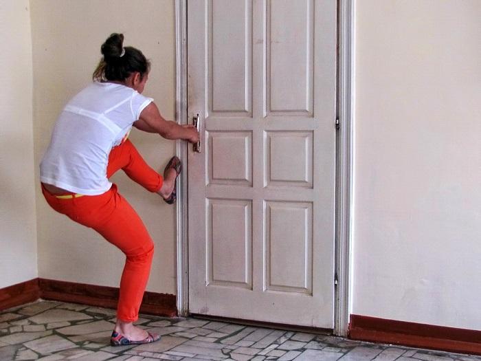 Открыть дверь без ключа не получится. / Фото: foxlock.ru