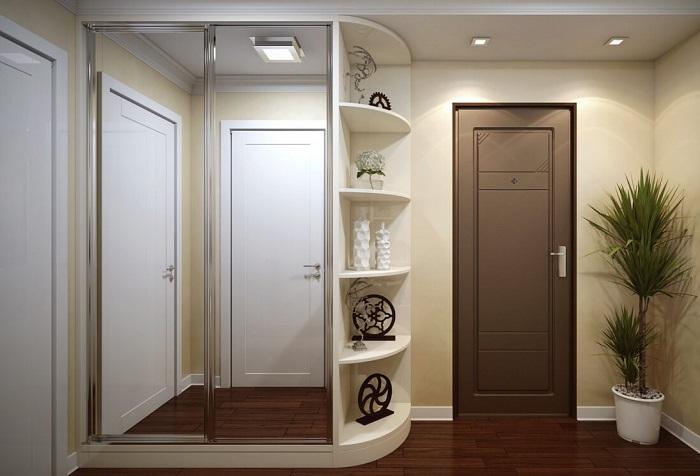 Угловой шкаф не будет загромождать пространство и привлекать внимание. / Фото: mebelblok.ru