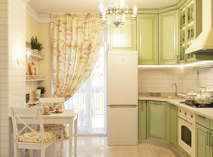 Для интерьера в стиле прованс достаточно повесить шторы и положить подушки на стулья с цветочным принтом. / Фото: edinstvennaya.ua