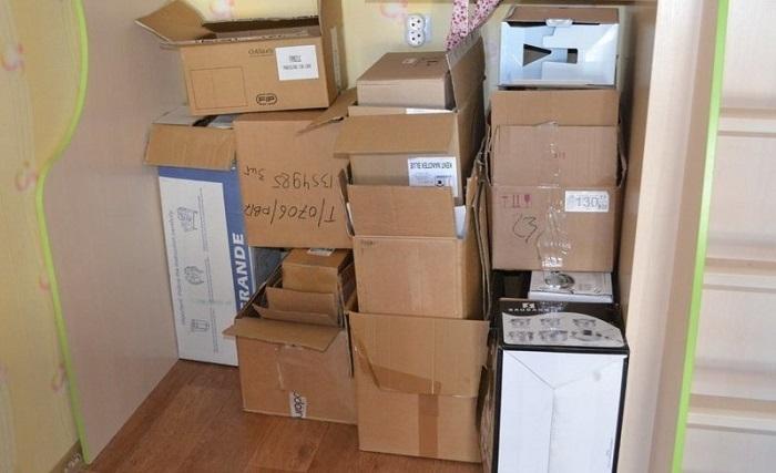 Пустые коробки занимают много места. / Фото: kaksekonomit.com