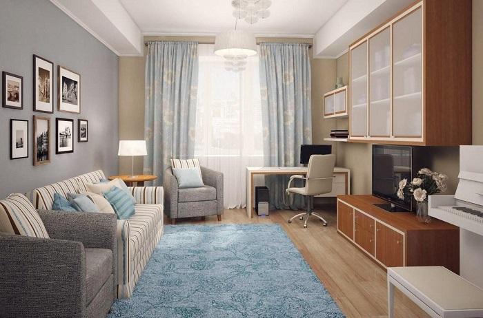 Голубой ковер под цвет штор и диванных подушек. / Фото: ivd.ru