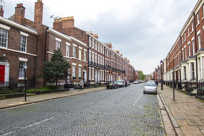 Дома в Ливерпуле продают только тем, кто здесь живет и работает. / Фото: keywordsbasket.com
