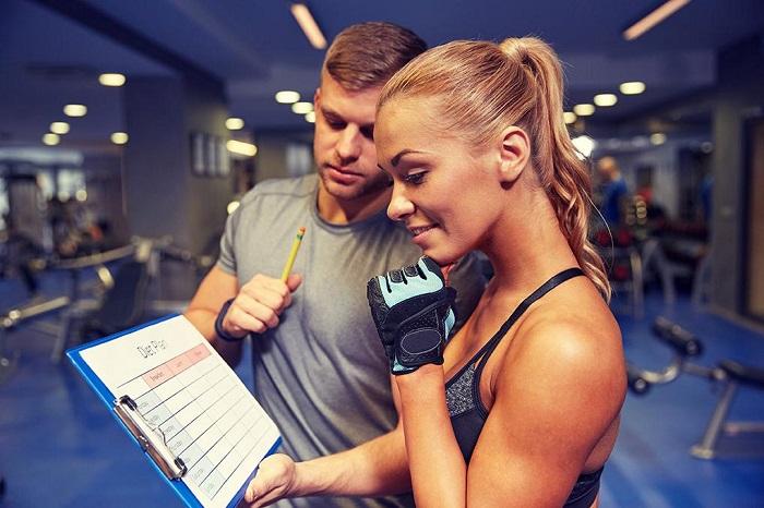 Тренер расскажет обо всех нюансах занятий. / Фото: lockerdome.com