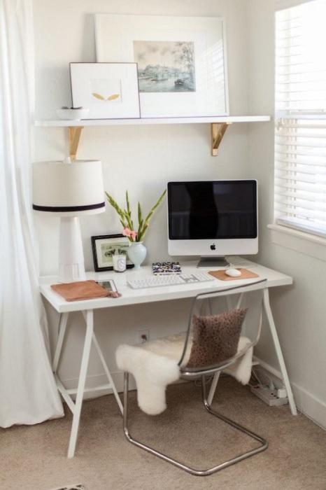 Маленький стол более компактный и удобный. / Фото: mblx.ru
