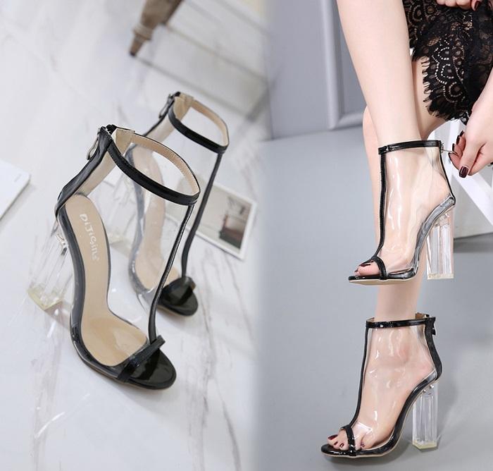 Обувь, сделанная из силикона, не дает ноге дышать. / Фото: m.dhgate.com