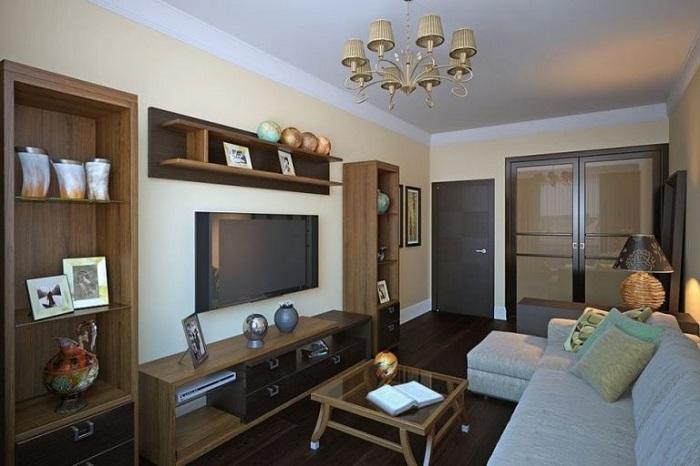Крупная мебель занимает все место в комнате