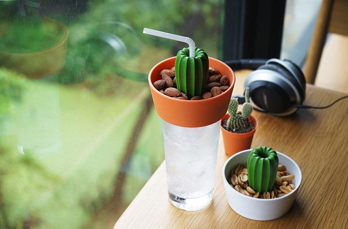 В миску можно положить орешки, сухофрукты. / Фото: ivd.ru