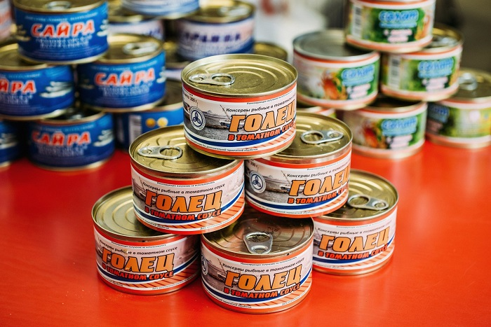 Рыбные консервы хранятся не более двух лет. / Фото: m.realnoevremya.ru