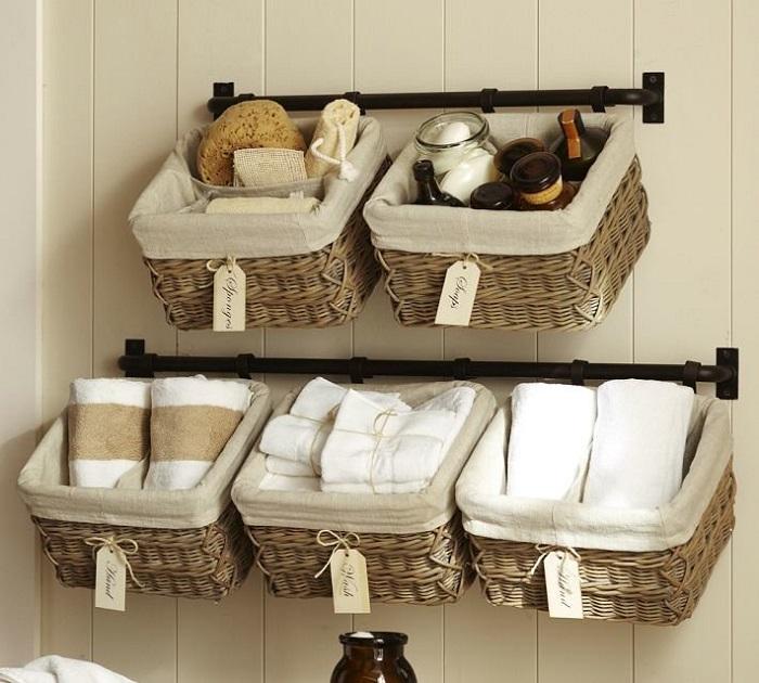 Плетеные корзины вмещают много вещей, но занимают мало места. / Фото: museum-design.ru