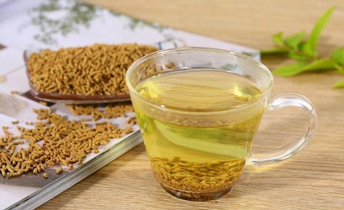 Гречишный чай готовится из семян татарской гречихи. / Фото: myteapro.ru