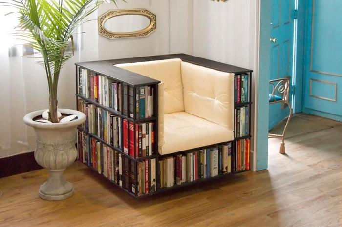 Кресло-библиотека очень удобное и мобильное. / Фото: pinterest.ca