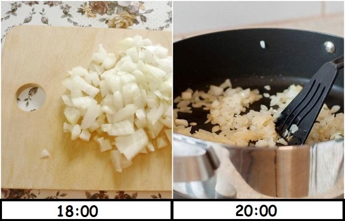 Лук нужно нарезать и сразу класть на сковороду, а не ждать два часа