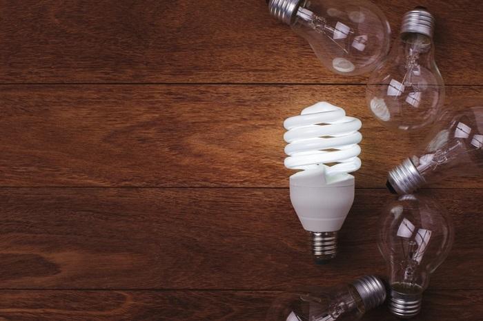 Энергосберегающие лампы потребляют меньше элктроэнергии. / Фото: prosvetodiod.ru