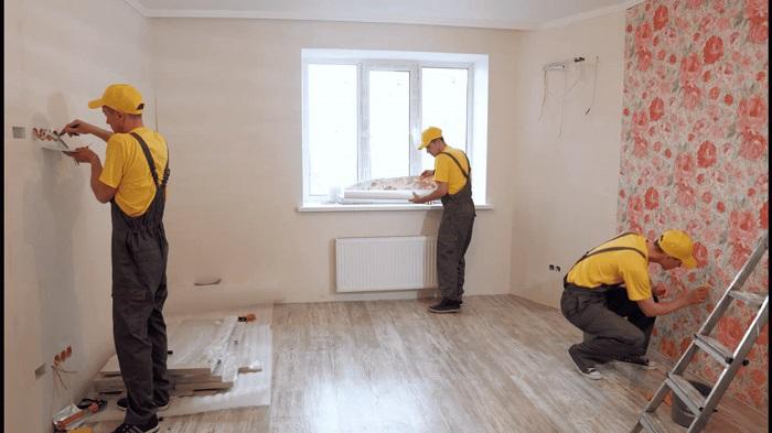 Не следует оставлять рабочих без присмотра. / Фото: rego-remont96.ru