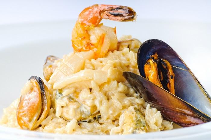 Ризотто с морепродуктами. / Фото: ediscover.ru