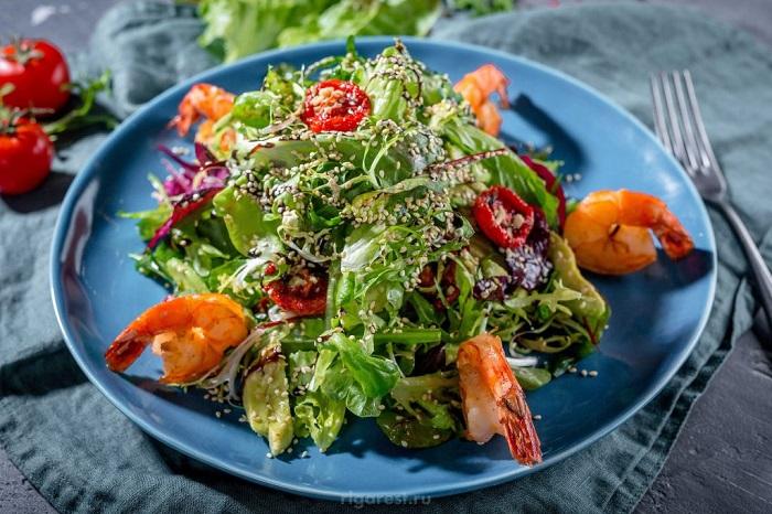 Уместными в салате должны быть даже зерна. / Фото: pulsarvideo.ru