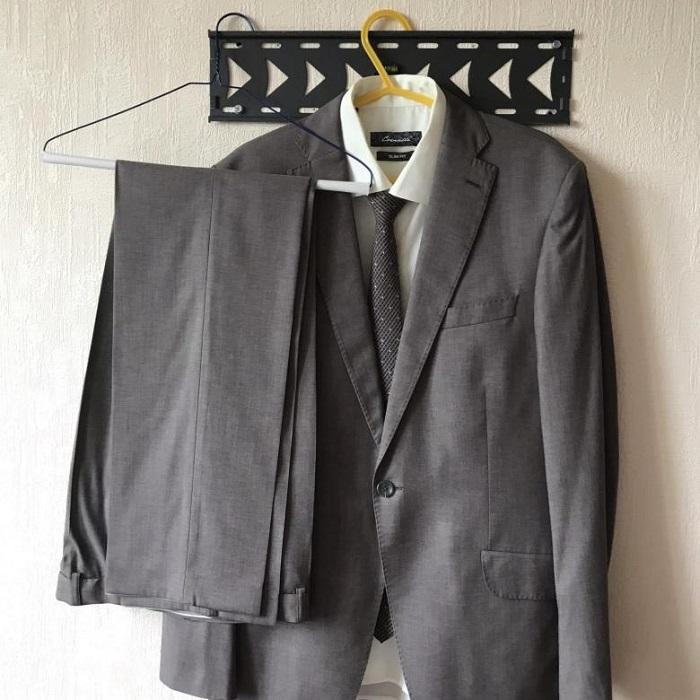 Готовьте по комплекту одежды на каждый день. / Фото: sketchstore.ru