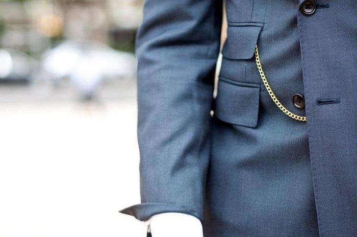 Маленькие карманы нужны были джентльменам для мелочи. / Фото: universaltailor.com