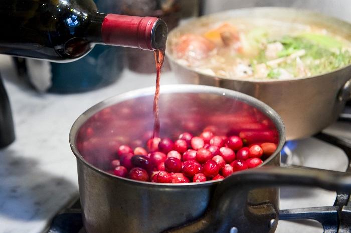 Винный соус будет содержать спирт. / Фото: smarteda.net