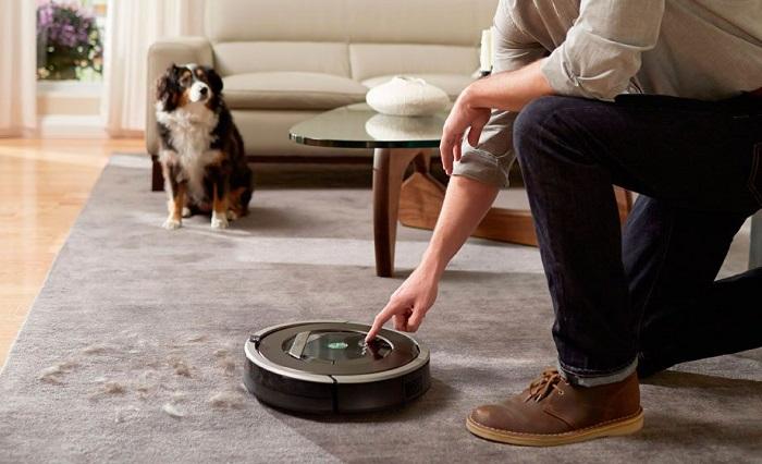 Робот-пылесос уберет пол вместо вас. / Фото: gadgitec.ua