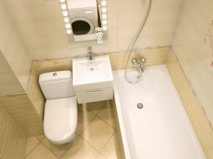 Для экономии пространства ванную и туалет лучше объединить. / Фото: stroylenproekt.ru
