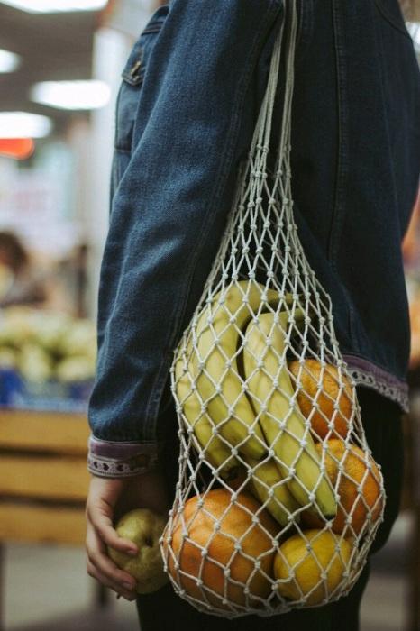 С сумкой-авоськой можно ходитьтолько в магазин. / Фото: livemaster.ru