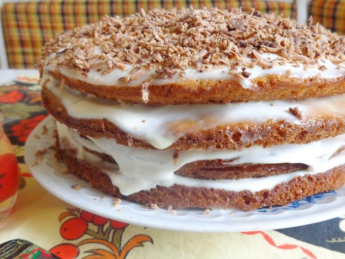 Торт расползается из-за крема. / Фото: fb.ru