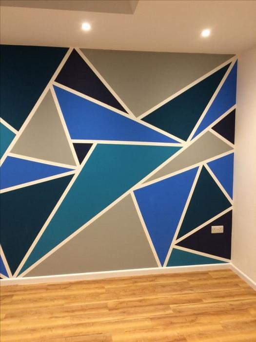 Треугольники могут состоять из нескольких разны оттенков. / Фото: edinstvennaya.ua