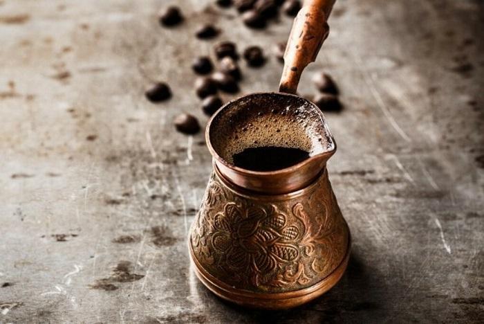 В Турции варят кофе исключительно в турках. / Фото: mywishboard.com