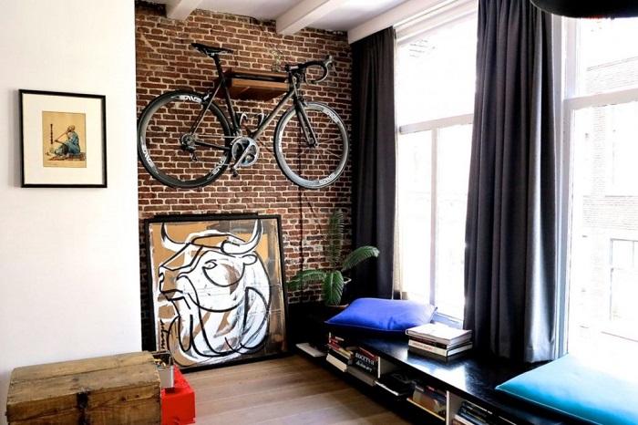 Велосипед может стать оригинальным декоративным элементом. / Фото: vsevplastika.ru